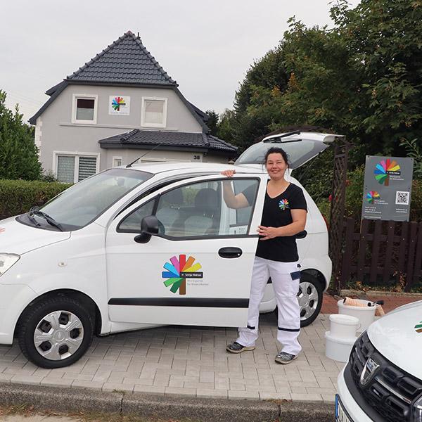 Sonja und ihr Auto